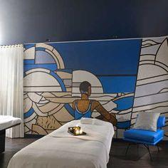 Le #Molitor Spa by @ClarinsFR #hammam #sauna douches expérience salle de repos bibliothèque tisanerie salon de #coiffure #barbier… en un même lieu. Et à la carte, les rituels @ClarinsFR @KureBazaar @LPG_systems_EN @Spa_Etc