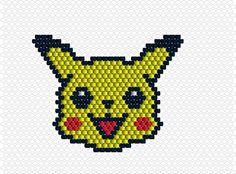 voici un pikachu en brick stitch à décliner en bracelet, pendentif ou autre