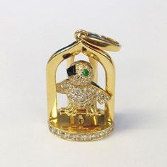 circa_jewelsA gold and diamond Cartier bird pendant we purchased at our San Francisco office. CIRCA experts are the leading jewelry and watch buyers in the world. After careful evaluation, you will be offered the highest possible price for the items you wish to sell. Visit one of our 13 locations worldwide, or take advantage of our free and insured shipping services. Click the link in our bio for more information. #circajewels
