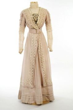 Wedding dress, 1908  From the ABERDEEN ART GALLERY & MUSEUMS by shana