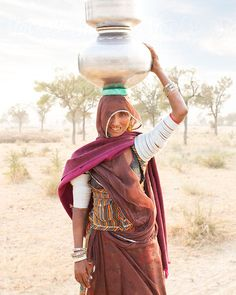People of the Rajasthani Desert. India by Hugh Sitton - Stocksy United Essence Of India, Water Issues, Indian Architecture, India People, Us Images, Model Release, Incredible India, Photo Art, Deserts