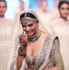 Celebs At Lakme Fashion Week 2018 Photos Designer Sarees Wedding, Saree Wedding, Fashion Week 2018, Lakme Fashion Week, Indian Celebrities, Bollywood Celebrities, Bollywood Actress, Ethnic Fashion, Indian Fashion