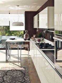 LiberaMente by #Scavolini. Continuous top for breakfast table. #kitchen