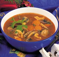 Thai Red Curry, Paleo, Soup, Ethnic Recipes, Beach Wrap, Soups, Paleo Food