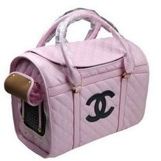 Chanel dog bag for Ruby❤ Dog Carrier Purse, Dog Purse, Designer Dog Carriers, Pet Bag, Yorky, Puppy Clothes, Pink Dog, Girl And Dog, Pet Carriers