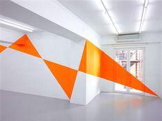 Felice Varini, Sei triangoli arancioni, Atene, 2004