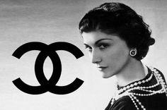 Своенравная  Натали  Палей  решила  поработать  моделью.   Она  была  через  Вел.  кн.  Дмитрия  знакома  с  Коко  Шанель,  и  та  ей  помогла.