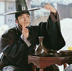 Kim shin (Goblin) see future Korean Celebrities, Korean Actors, Goong Yoo, Goblin Gong Yoo, Ji Eun Tak, South Korea Seoul, Yoo Gong, Kwon Hyuk, Korean Shows