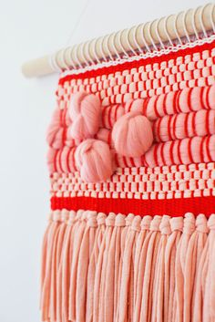 Weave Extra Texture with Roving Knots via Elsie and Emma  #DIY #crafts