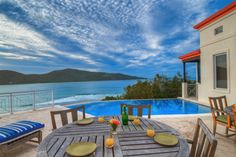 Extraordinary Property of the Day: Resort Inspired Island Escape in the British Virgin Islands