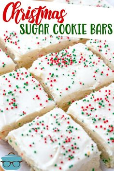 christmas desserts These homemade Christmas Sugar Cookie Bars are not only festive but are delicious! A sugar cookie base topped with a creamy, fluffy frosting! Köstliche Desserts, Holiday Desserts, Holiday Treats, Holiday Recipes, Christmas Dessert Recipes, Holiday Foods, Recipes Dinner, Homemade Christmas Treats, Best Christmas Recipes