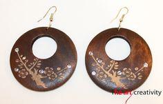 Orecchini con Incisione e strass #wood; #engraving; #bijoux; #earrings; #strass