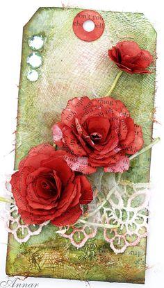 Witam ;)   Zapraszam na Craft Artwork  i kolejne wyzwanie tagowe !  Tym razem Guriana proponuje temat : KWIATY  ... co najmniej jeden z kwia...