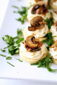 Pink Parsley: Crab and Brie Stuffed Mushrooms for Courtney's Virtual Shower