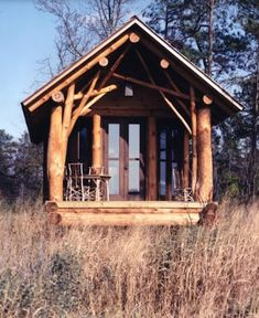 M orning Darlins, S ummer is the season when we dream of a small getaway cottage. A vintage charmer. A little space that we could si...