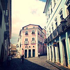 Brésil - Salvador de Bahia - Maison de couleurs - Centre historique  Découvrez notre voyage au brésil sur notre blog Deco and Stories