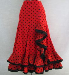 Long Skirt Fashion, Fashion Dresses, Dance Outfits, Dance Dresses, Spanish Dress Flamenco, Best Formal Dresses, Flamenco Costume, Couture Fashion, Boho Fashion