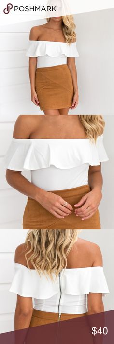 👼🏼 Apollo Off Shoulder Bodysuit {White} DETAILSWhite toneLarge bust overlay materialOff shoulder styleZipper closureClasp at crotch MODEL INFORMATION Model:Madi wears XS Mauri's at Winter Park Tops Blouses