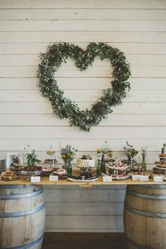 Awesome 20 Creative Ideas For Rustic Wedding Decorations https://weddingtopia.co/2018/05/05/20-creative-ideas-for-rustic-wedding-decorations/ The Venue Couples planning a distinctive wedding are now prepared to make bolder statements about the area they pick