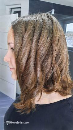 Lockenstab 32mm: Welcher 32mm Lockenstab ist gut? - Praxis Tests! Long Hair Styles, Beauty, Hair Tips, Sleek Hair, Best Hair Wand, Kinky Hair, Red Lights, Long Hairstyle, Long Haircuts
