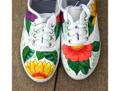 ArtworkEclectics: One Pair Zentangle Custom Designed Sneakers