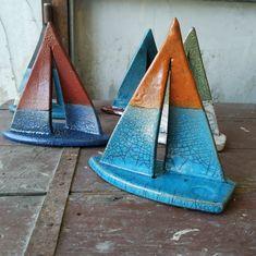 Pottery Houses, Pottery Pots, Ceramic Pottery, Clay Art Projects, Clay Crafts, Ceramic Clay, Ceramic Painting, Handmade Pottery, Handmade Gifts