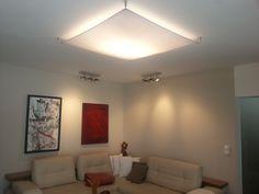 Lampensegel für indirekte Wohnzimmerbeleuchtung.