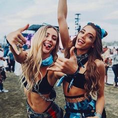 Don't have your Coachella outfit ready to go? Try these festival looks, they're bound to be the hottest ones at Coachella this year. Coachella Festival, Music Festival Outfits, Rave Festival, Festival Wear, Music Festivals, Summer Festival Outfits, Music Festival Fashion, Festival Lollapalooza, Firefly Music Festival
