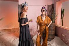 Вдохновением для новой летней коллекции от Alena Goretskaya стала Африка. Это яркая цветовая палитра, смешение стилей, анималистические и этнические принты, натуральные материалы, фурнитура и, конечно же, авторские аксессуары, которые дополнили и завершили образы, ярко отражающие стиль коллекции.  #alenagoretskaya #аленагорецкая #лето2020 #летнийобразженский #летнийобраз #тренды2020 #мода2020 #летнийобразнаработу #весна2020 #африка #образналето #платье #аксессуары2020 #аксессуары #шелк…