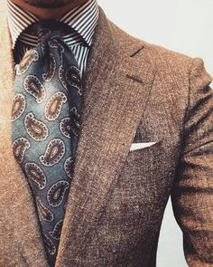 Business Formal - Friday dress down. Style Gentleman, Der Gentleman, Sharp Dressed Man, Well Dressed Men, Paisley, Suit Fashion, Mens Fashion, Brown Suits, Elegant Man