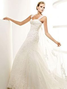 A-Line Sweetheart Neckline Spaghetti Straps with Lace Appliques Zipper Tulle Wedding Dress -LOVE the shoulder!