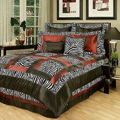 Sherry Kline Jungle Comforter Set in Black/White