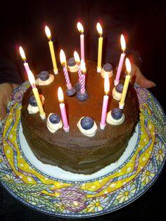 Josephine Eliza: HAPPY BIRTHDAY vegan gluten free Triple Layer CAKE... Paleo Diet, Vegan Gluten Free, Birthday Candles, Layers, Happy Birthday, Cake, Layering, Happy Brithday, Urari La Multi Ani