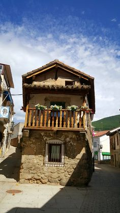 Arquitectura rural del 《valle del Tiétar》en La Adrada, Ávila