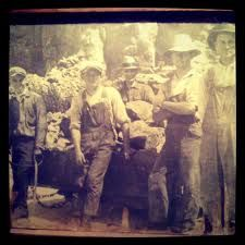 Stone & Quarry Men of the West Country    A Genealogical Index of  Masons, Quarrymen, Builders,  Carpenters and all related occupations in Devon and Cornwall