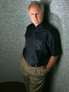 Arthur Mitchell John Lithgow in Dexter. How can someone so hilarious be so creepy? John Lithgow, Celebrity Pics, Alan Rickman, Dexter, Classic Hollywood, Creepy, Legends, Hilarious, Cinema