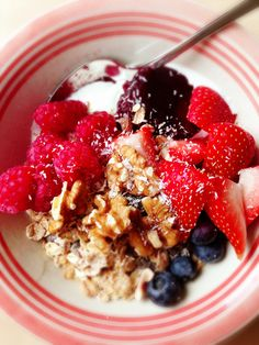#food #breakfast For guide + advice on healthy lifestyle, visit www.thatdiary.com