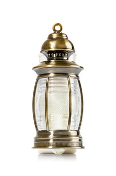 Lantern Nightlight - Wallflowers Fragrance Plug - Bath & Body Works - Light up the night with this unique lantern that surrounds your favorite refill with brushed bronze detailing & old world charm. Pair plug with your favorite Fragrance Refill for fragrance that welcomes you home for weeks and weeks.