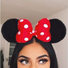 Eyebrows, eyes, and Minnie Mouse ears on fleek. @sincerely_mels #BellettoBeauty #BellettoStudio