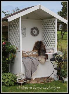 Die Philosophenbank im Herbst - stay at home and enjoy