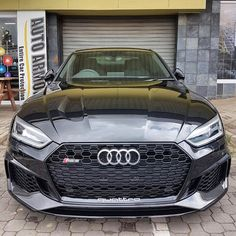 Could black be the colour to go for on the new Audi RS5? It sure looks properly potent from the front | via @iamvitale | #ExoticSpotSA #Zero2Turbo #SouthAfrica #Audi #RS5 #AudiRS5