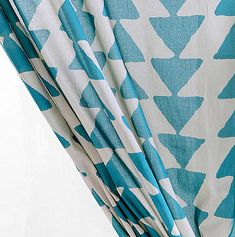 love this triangle stamped pattern for a throw pillow. #momcave #cbias