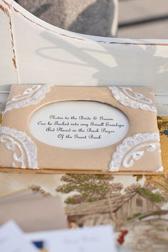 DIY Guest Book ~ Photography by seanwalkerphotography.com