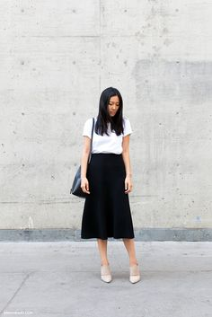 BLACK AND WHITE - andyheart so simple and chic- zara skirt and everlane tee