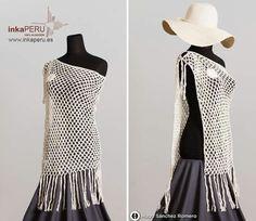 Jersey tipo poncho tejido a mano en 100% algodón natural peruano