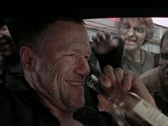 Merle (Michael Rooker) takes his last ride and goes out in a blaze of glory Walking Dead Season 4, Walking Dead Memes, The Walking Dead, Gun Control Humor, Walking Dead Wallpaper, Patriotic Words, Merle Dixon, Daryl Dies, Top Tv Shows