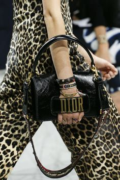 Best Women's Handbags & Bags : Dior available at Luxury & Vintage Madrid, the best shopping site of luxury brands Best Shopping Sites, Bags 2018, Inspirations Magazine, Luxury Bags, Chanel Boy Bag, Luxury Fashion, Fashion Brands, Luxury Branding, Bag Accessories