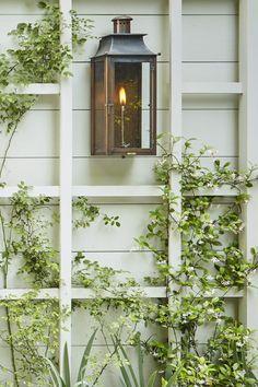 Garden Tour: Howard Design Studio - Design Chic Front House Landscaping, Backyard Landscaping, Patio Exterior Ideas, Outdoor Lighting, Outdoor Decor, Exterior Lighting, Garden Inspiration, Garden Ideas, Outdoor Spaces