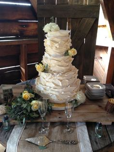 Sweet and Lovely Weddings!   www.artistacakes.com