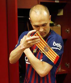(3) Твиттер Fc Barcelona Players, Barcelona Soccer, Barcelona Spain, Best Football Team, Football And Basketball, Steven Gerrard, Premier League, Basketball, Iker Casillas